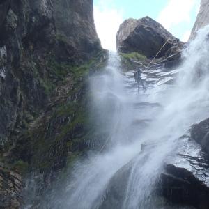Empezando a bajar la gran cascada